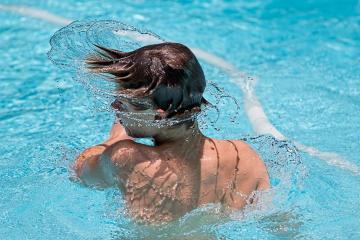 swimming-1925391